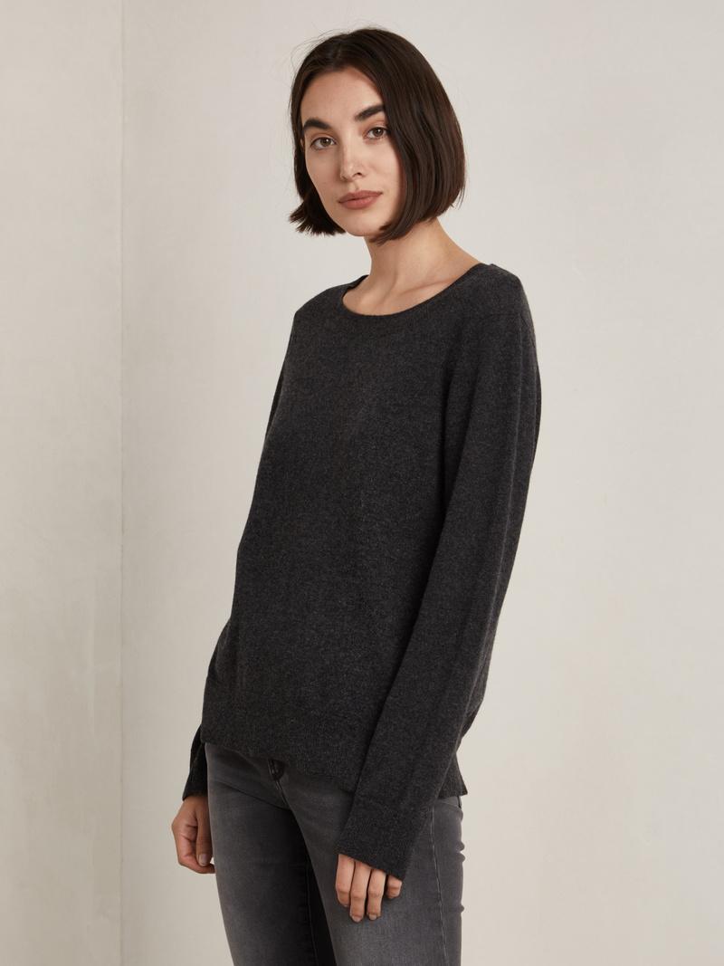 Joe Sweater