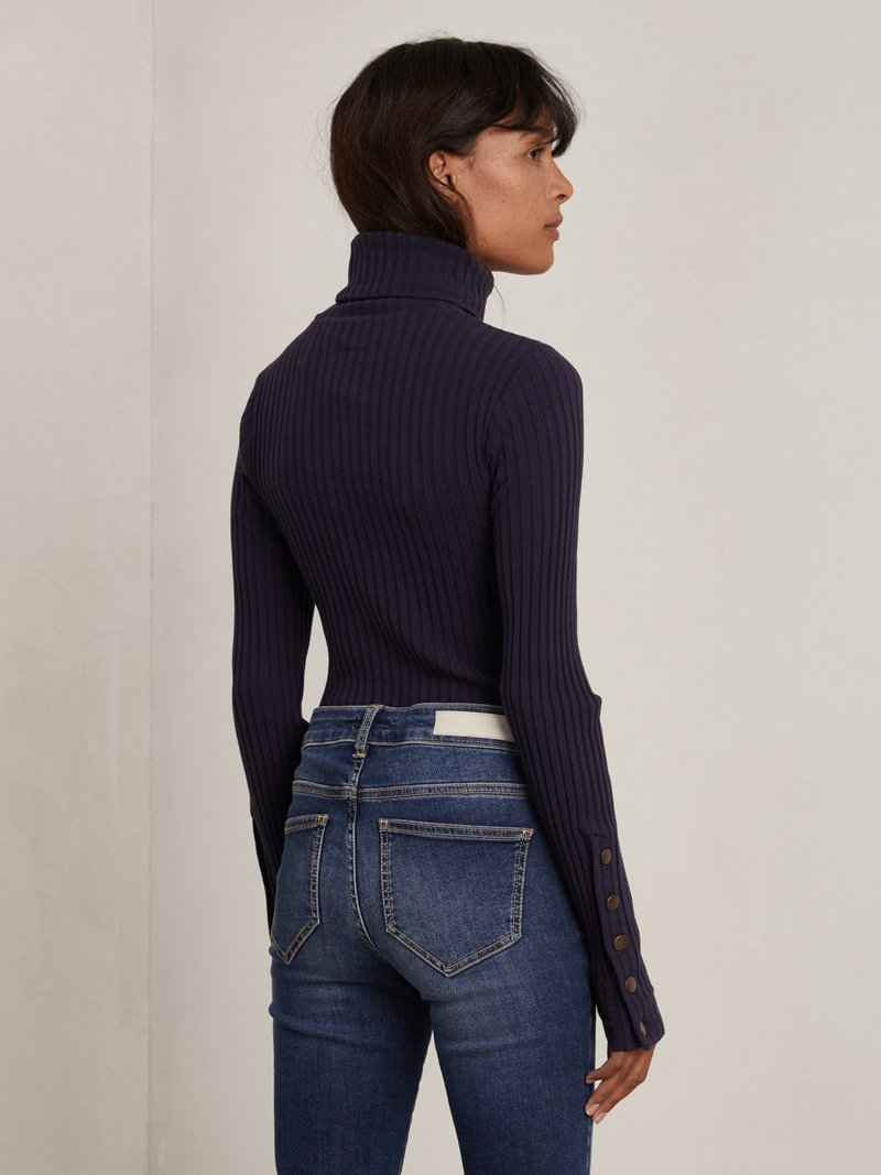 Smith Ribbed Turtleneck