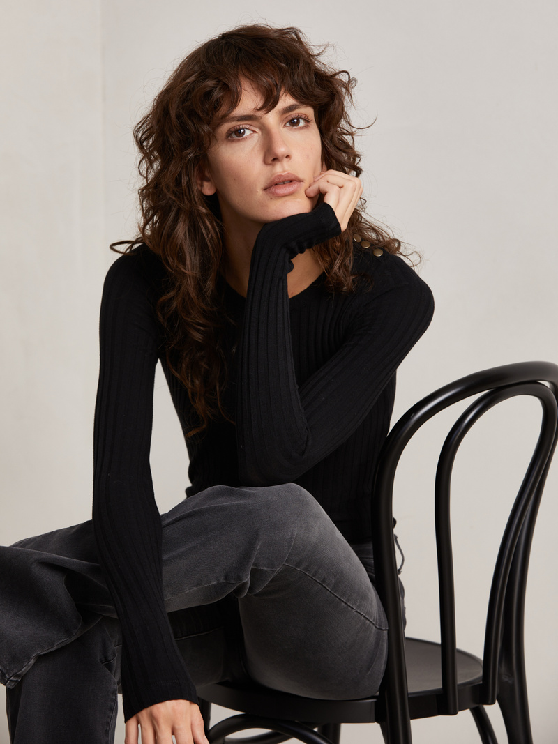 Manou Ribbed Boatneck