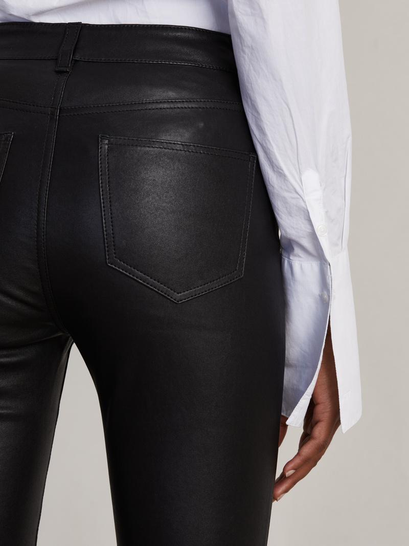 Set Straight Leather Pant